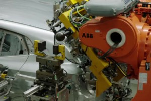 BMW_X2_德国汽车厂生产线