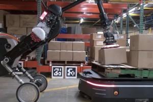 无人物流系统展望:机器人搬运+自动驾驶运输+机器狗送货